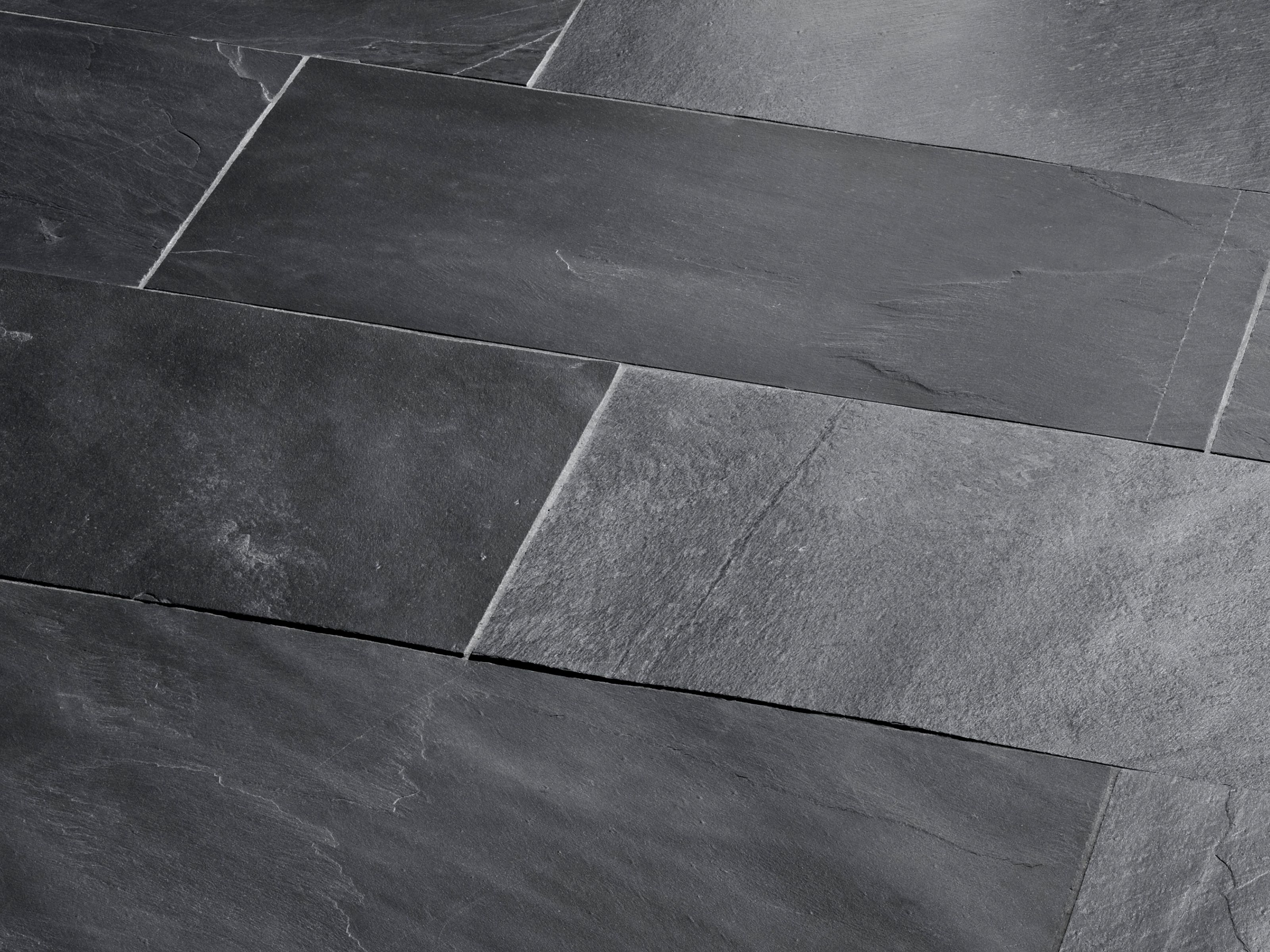 Schieferfliesen Black Rustic, naturgespalten | Home - Floor & Wall ...