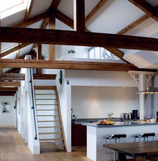 Idee voor huis zolder zal zeer klein zijn eventueel plafond verwijderen en iets leuks doen met - Idee amenagement zolder klein volume ...