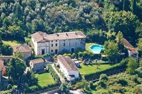 Luxury Single Family Home Property in LuccaLucca   Lovely 18th century villa with pool   Milan Sotheby