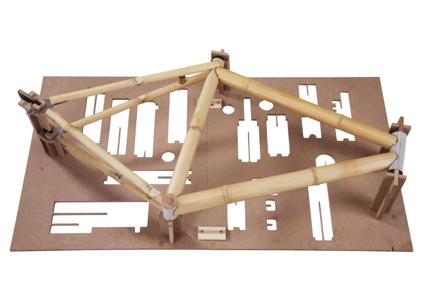 Bamboobee build it yourself bamboo bicycle kit 170 each kit im game for a weekend diy bamboo bike frame project this new kit by bamboobee includes all the necessary parts to construct your very own bamboo bike solutioingenieria Choice Image