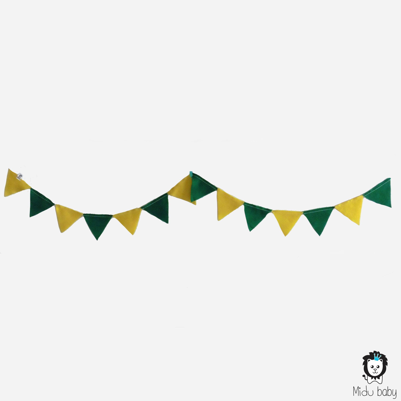 c2f9a6ddbe Varal bandeirinha verde amarelo  copadomundo  brasil  vaibrasil   festabrasil  mesversario  festainfantil