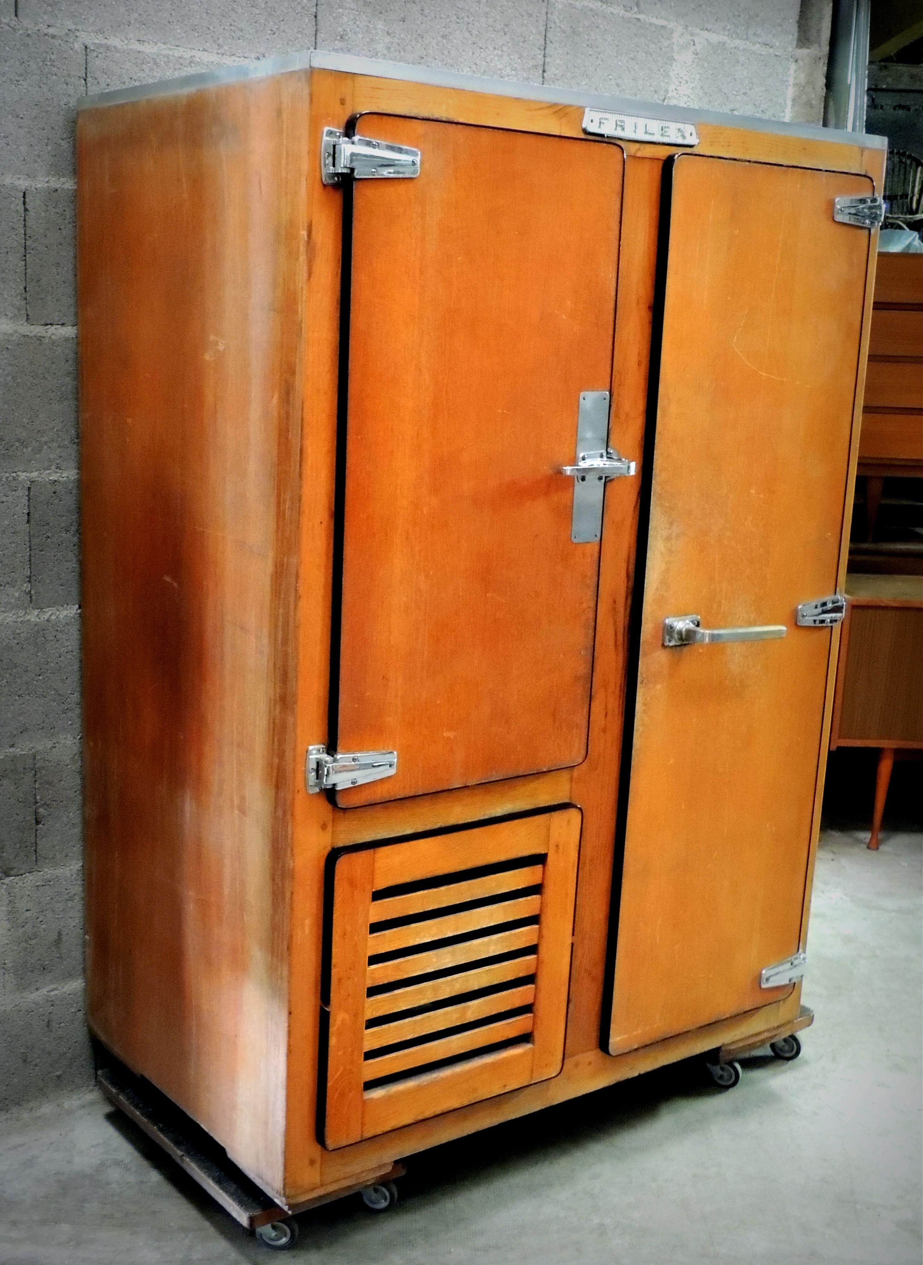 meuble métier frigo 1950. idéal pour une cave à vin, à cigares ou