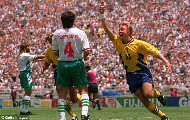 100 World Cup Heroes 100 81 We Count Down The Iconic Players World Cup World Cup Final Players