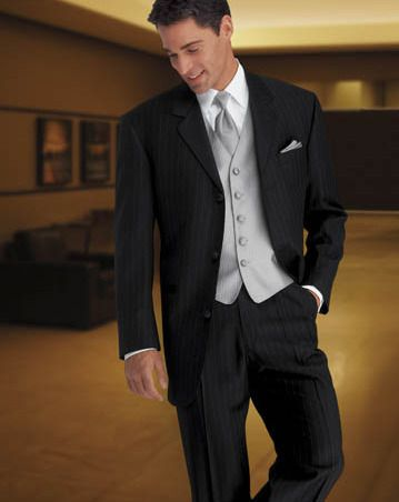 Black And Silver Tux Căutare Google Groom Attire Black Black Tuxedo Wedding Groom Tuxedo Wedding