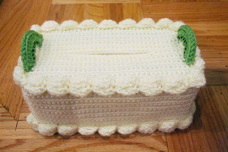Free crochet pattern cake tissue box cozy chiffon cake