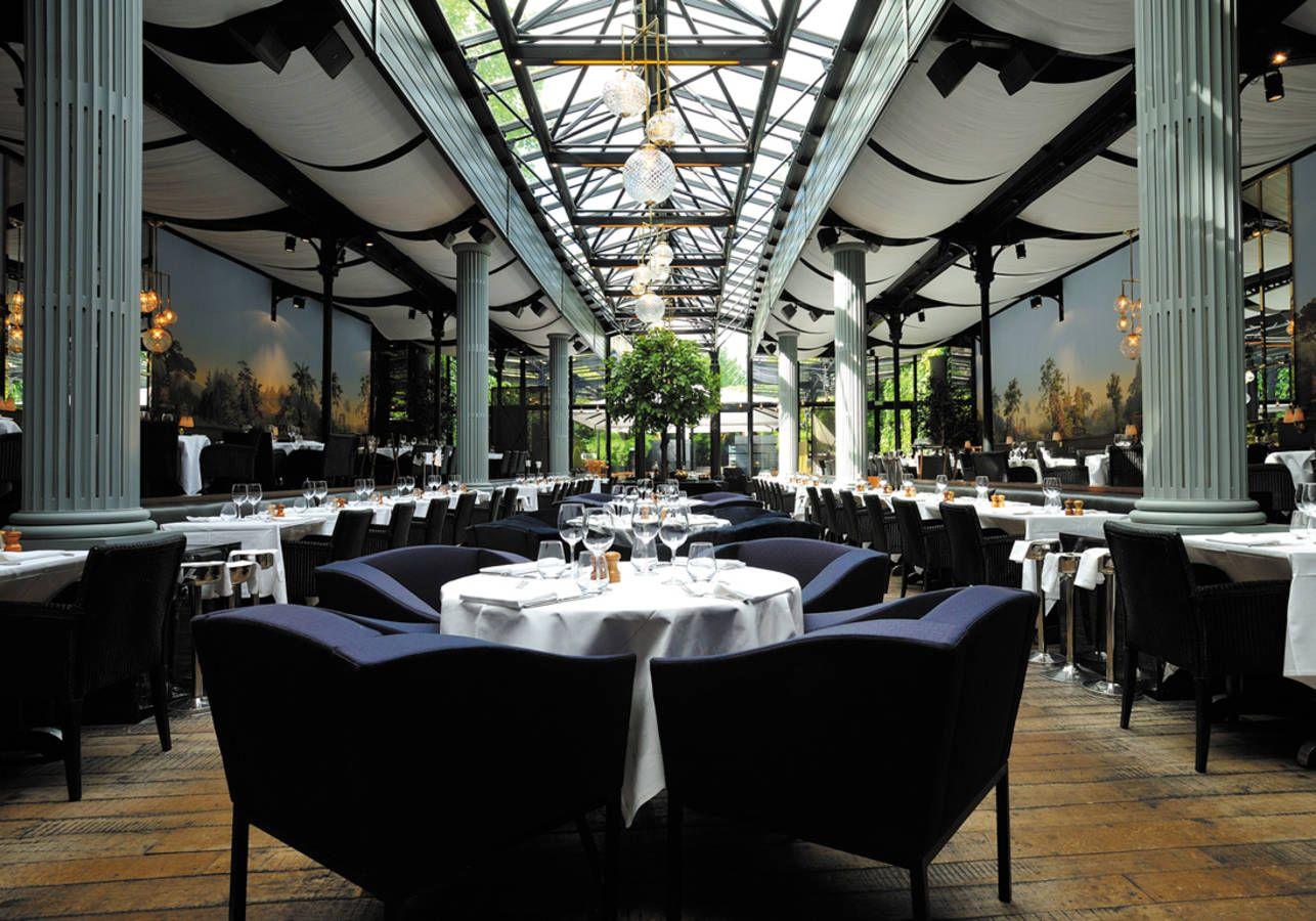 Estacionamiento, Techos, Restaurantes, Lugares, Sfera, Restaurantes  Parisinos, Diseño Del Restaurante 15531c27c4db
