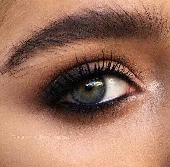 GLOWOFELEGANCE.COM Twitter- glowofelegance Instagram- glowofelegance Facebook - Idées de maquillage #naturalbrows