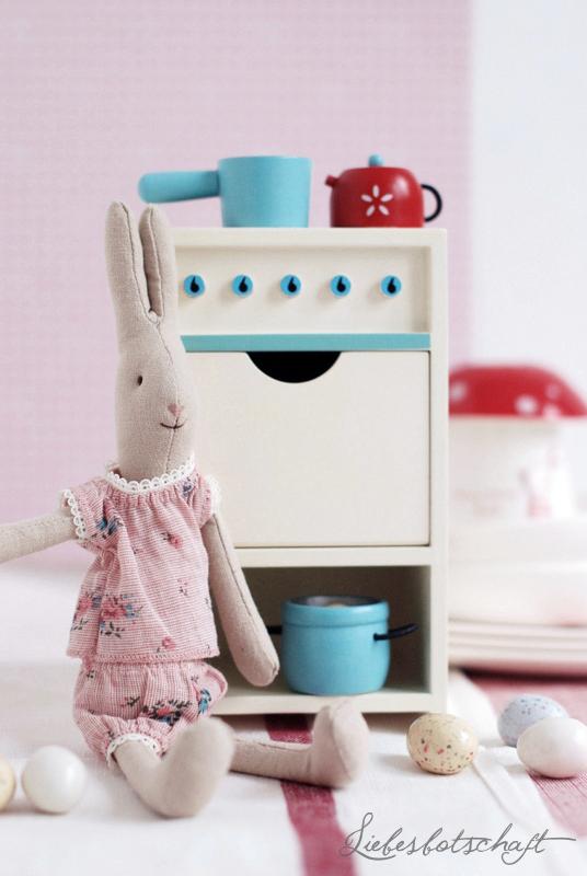 Schonstes Hasen Kindergeschirr Zu Ostern Brinquedos Para Criancas Moveis Casa De Bonecas Brinquedos
