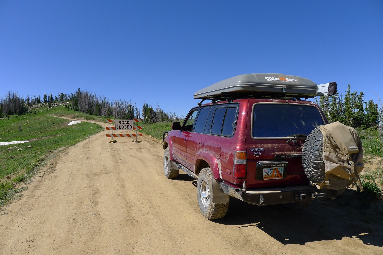 1995 Toyota Land Cruiser FZJ80 With AutoHome Columbus Rooftop Tent.