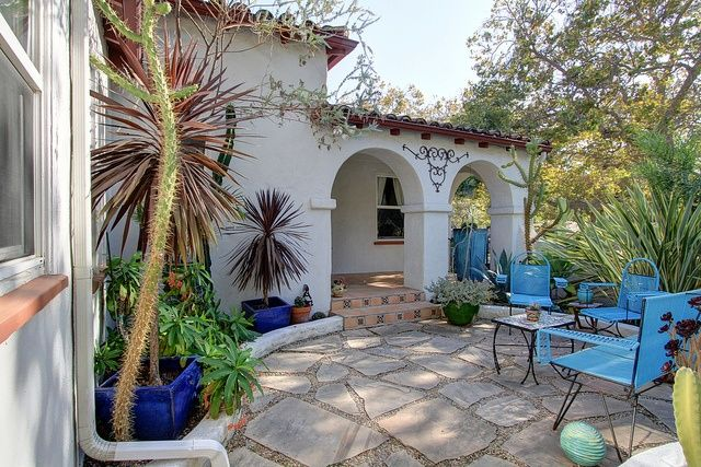 Spanish Style Homes With Courtyards Visit