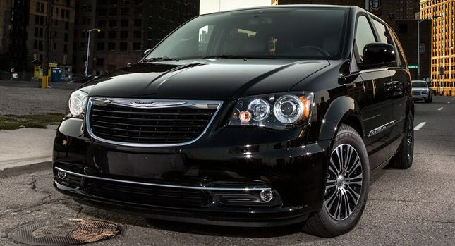 2013 Chrysler Town And Country S Edition A People Carrier