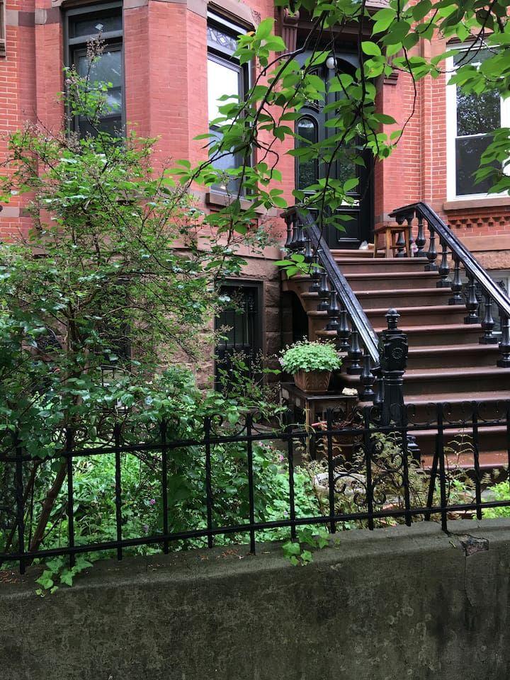 1 Bedroom Garden Apt with backyard in Park Slope ...