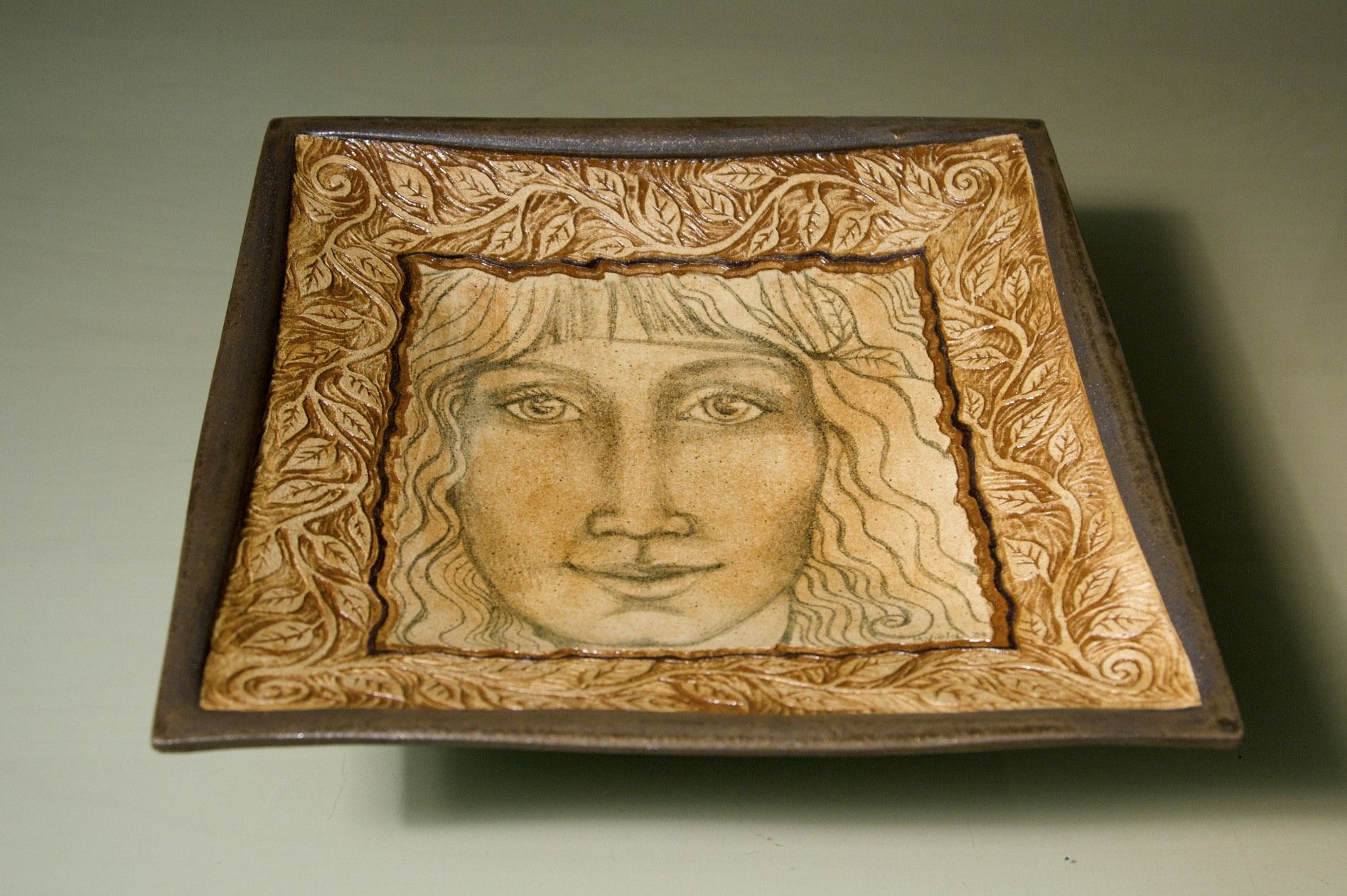 Tabletop Dish with Face