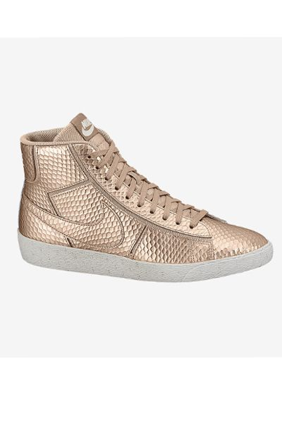 best sneakers 10eca bf405 Metallic Sneakers Blazer Mid Cut Out Premium,  105, nike.com