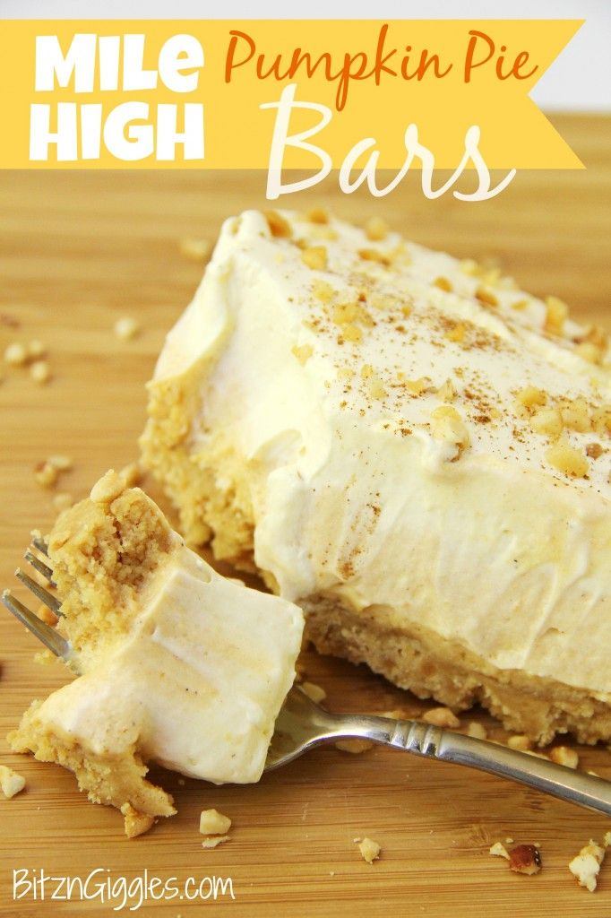 Mile high pumpkin pie bars receta postres comida deliciosa y pumpkin and vanilla pudding fluff piled high on top of a golden oreo crust aloadofball