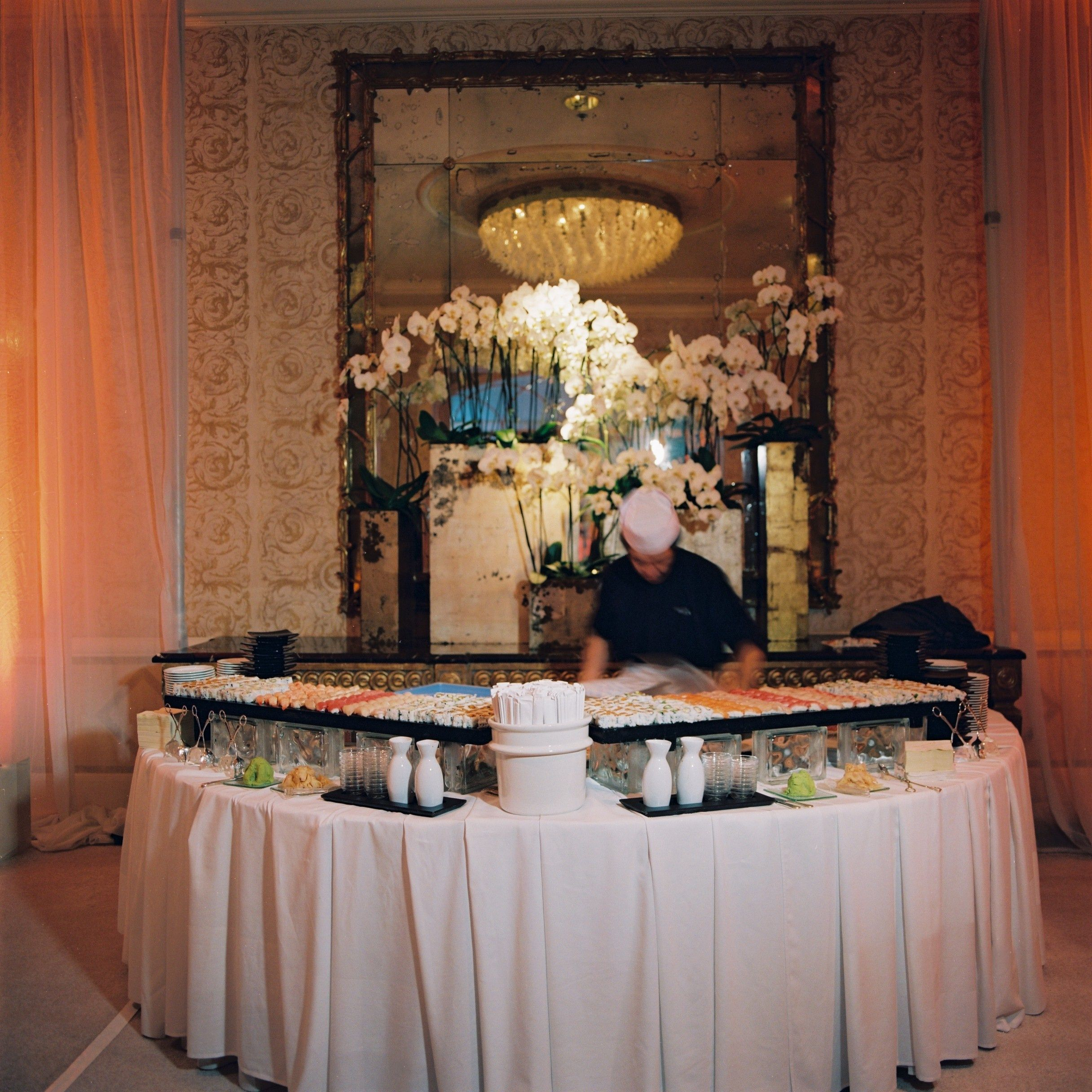 table haute cuisine but simple table bar cuisine but. Black Bedroom Furniture Sets. Home Design Ideas
