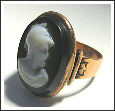 ANTIQUE STONE CAMEO 14K  ROSE GOLD RING