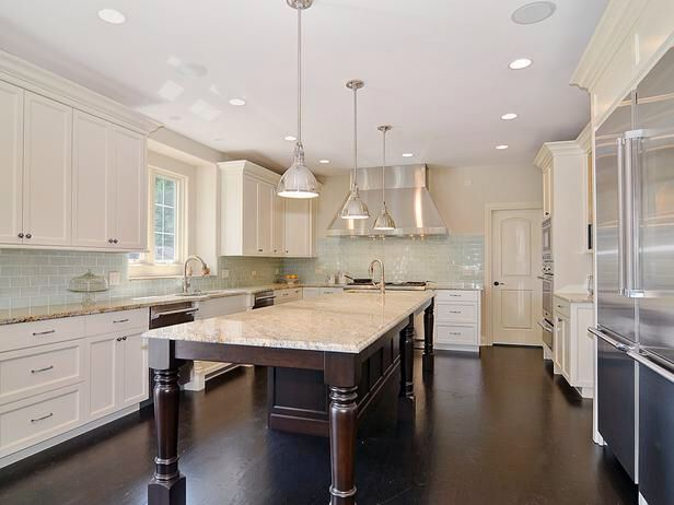Love the Style of the island and cabinets colors