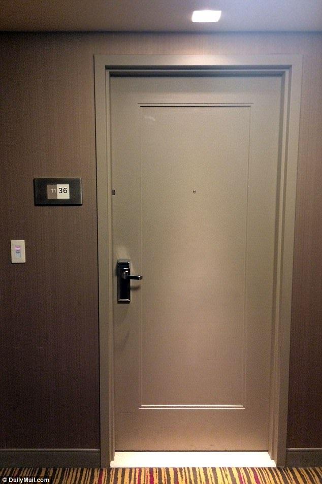 EXCLUSIVE The door behind which rocker Chris Cornell died & EXCLUSIVE: The door behind which rocker Chris Cornell died | Chris ... pezcame.com