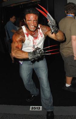 I wanna go to Comic-Con so bad.