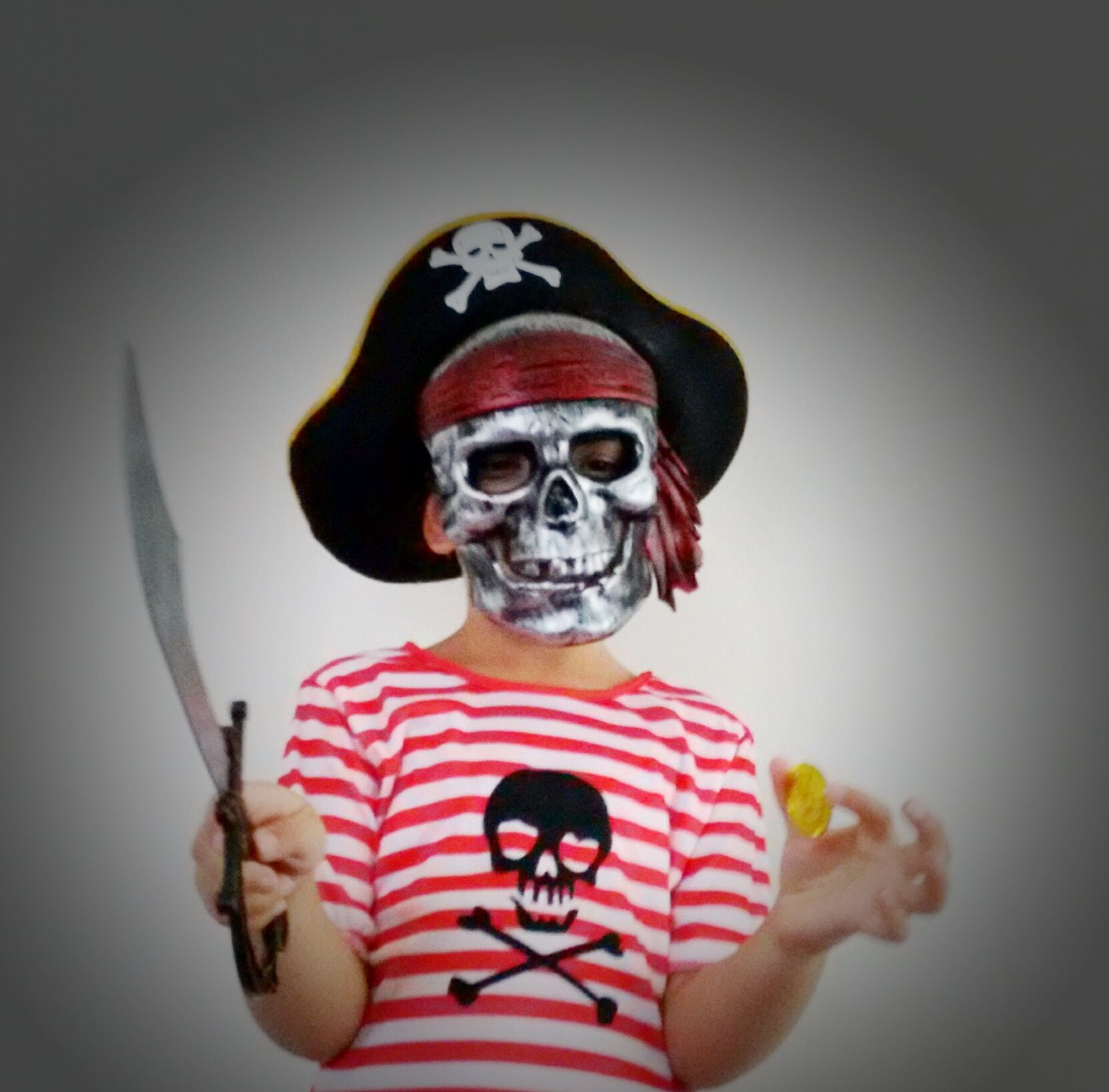 fun and awesome dress ups and dress up boxes for boys at www.thedressupbox.net.au