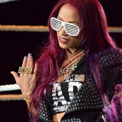 les 25 meilleures id es de la cat gorie sasha banks gif sur pinterest sasha bank dames wwe et. Black Bedroom Furniture Sets. Home Design Ideas