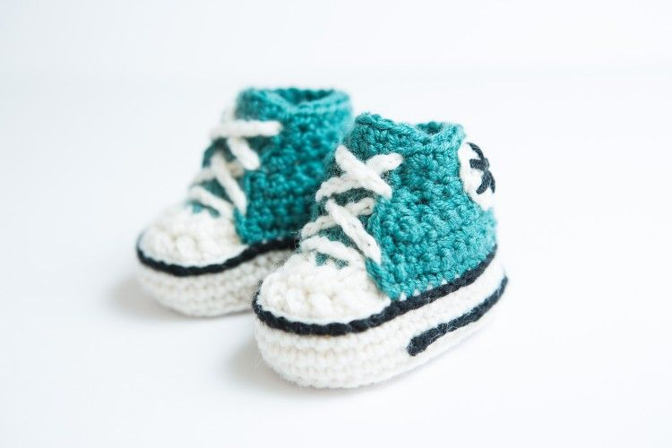 Crochet Converse | Choosy stuff | Pinterest | Crochet converse ...