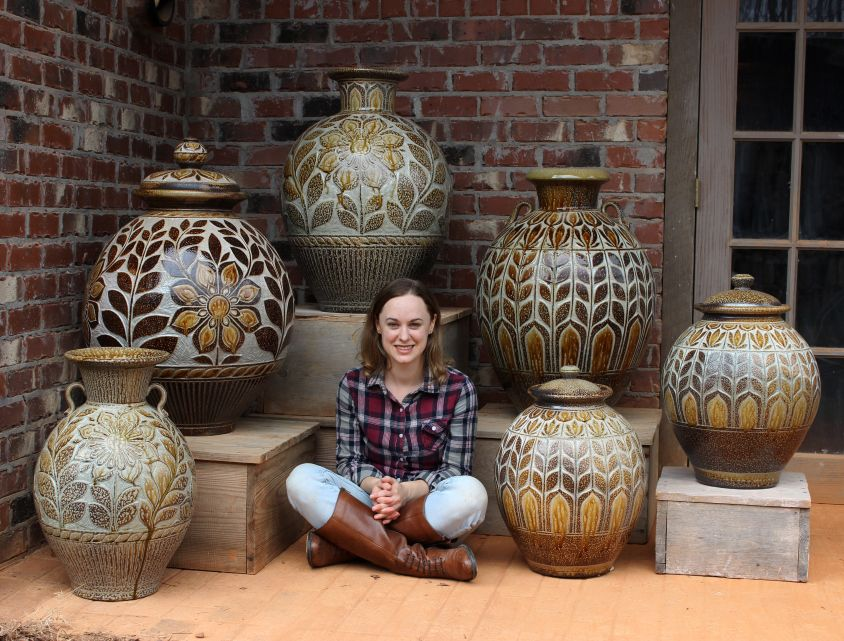 Kate johnston and her large vessels doble cuchara for Oxidos para ceramica