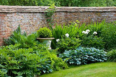 Clive Nichols Garden At Birtsmore Court Worcestershire Landscape Design Outdoor Gardens Garden Spaces