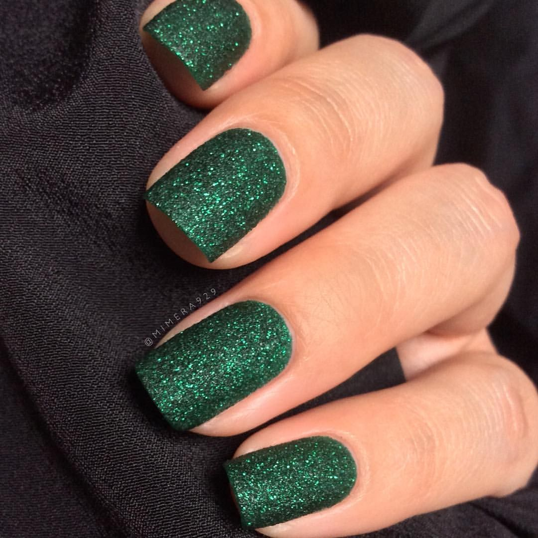 Forgot To Post My Emerald Green Nails From The Monotone Collab Yesterday Zoyanailpolish Elphie Pixiedust Green Nails Green Nail Designs Emerald Nails