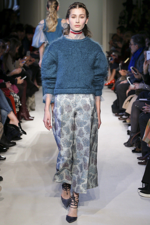 Luisa Beccaria   Fall 2016   Look 10 of 49 Ready-to-Wear Fashion Show  rtw   romantic  runway 34564b73c47
