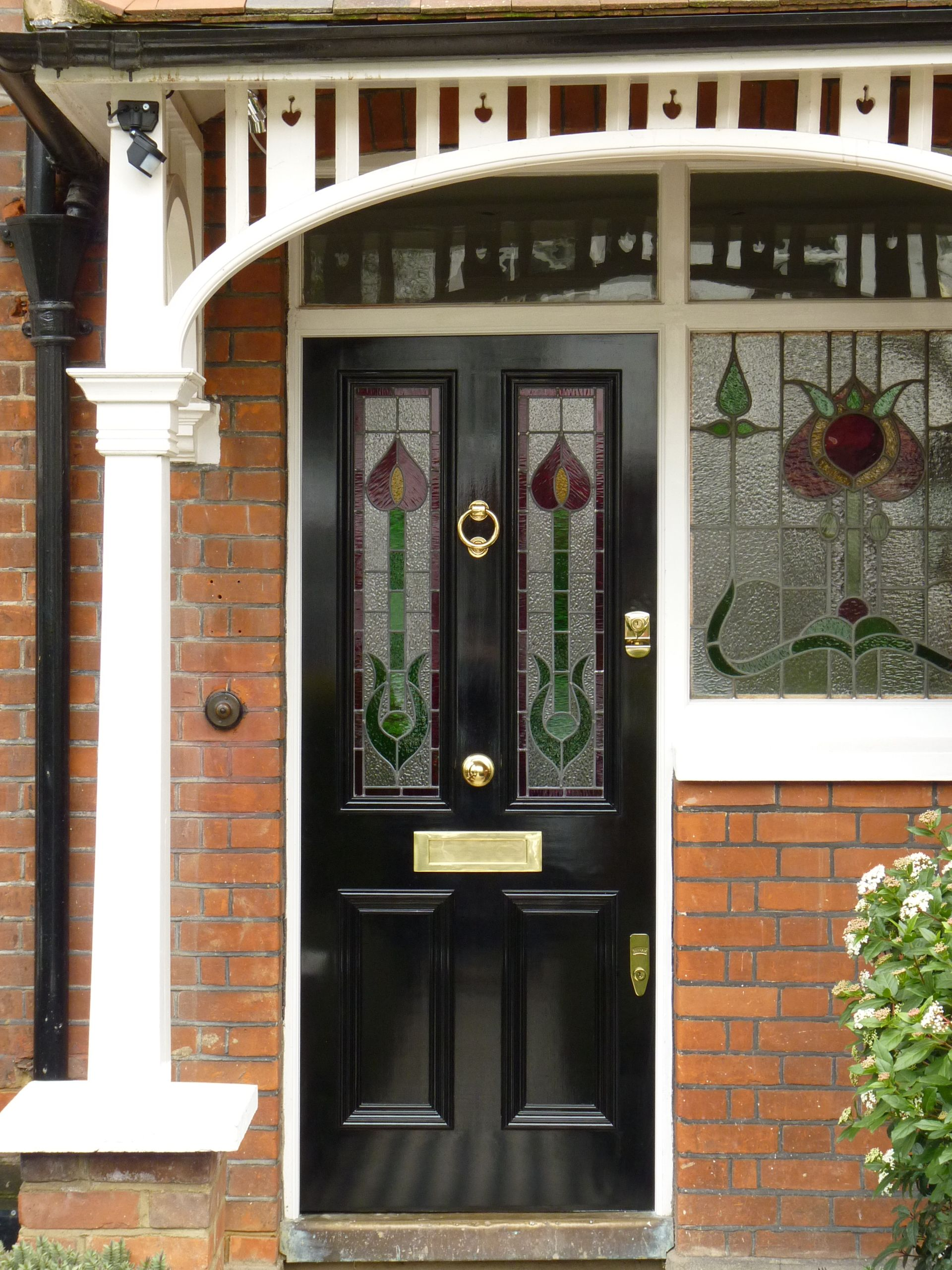 Red Rose Leadlighting Within A Black Viictorian Style London Door With Images Front Doors With Windows Glass Entrance Doors Stained Glass Door