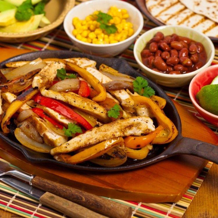 فاهيتا الدجاج المشوية مطبخ سيدتي Recipe Chicken Fajitas Chicken Dinner Recipes Spice Recipes