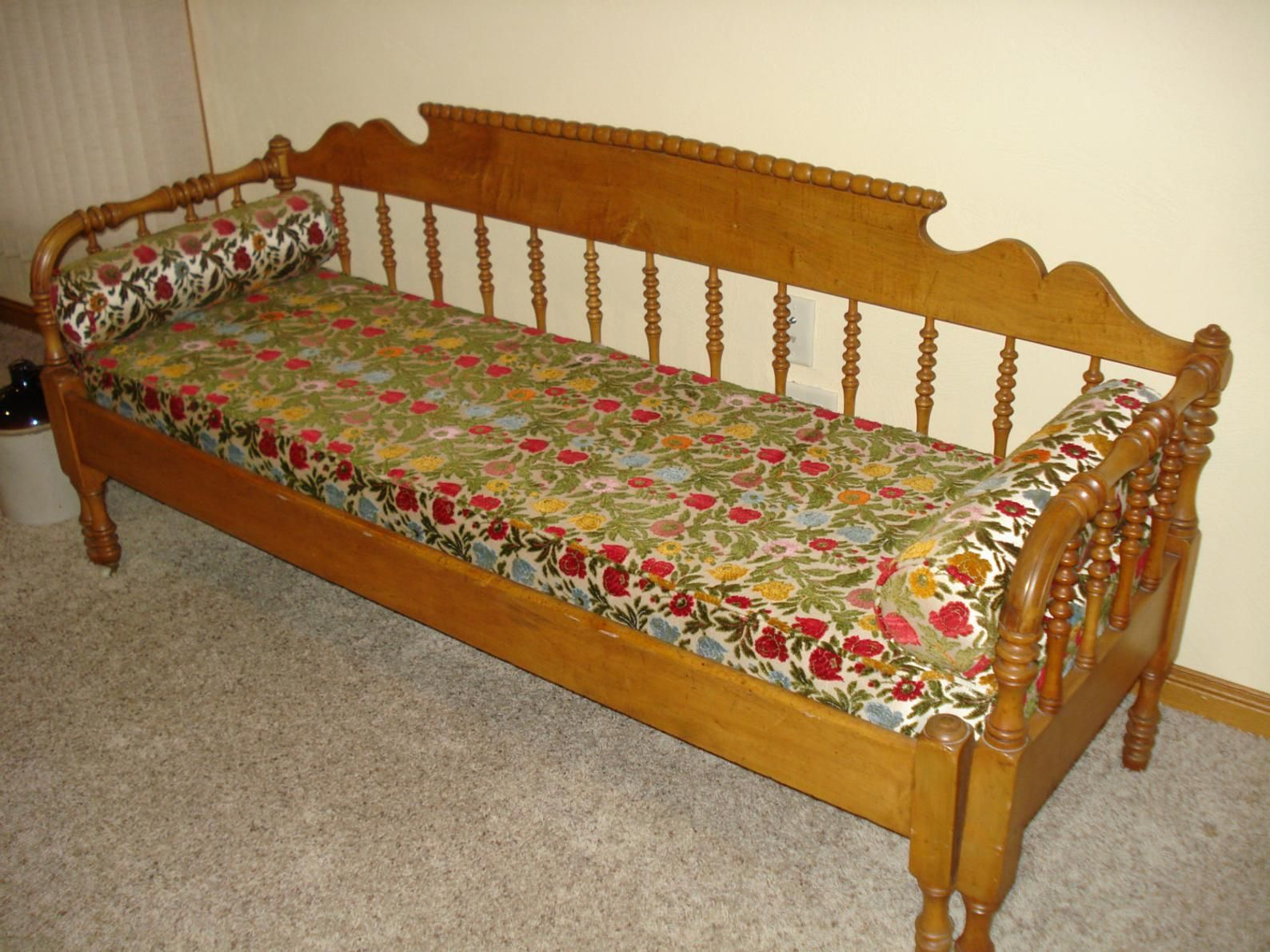 Vintage Antique Daybed Antique Spindle Type Pull Out Galena Daybed Circa 1880 S Jenny Lind Style Victorian Primitive Antique Daybed Antique Daybed Jenny Lind Bed Styling