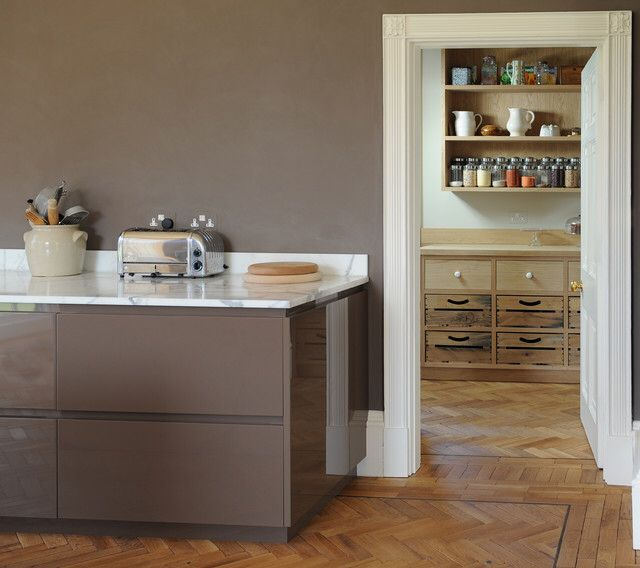 Image from http://st.hzcdn.com/simgs/0b317a4b04450abe_4-0885/contemporary-kitchen.jpg.