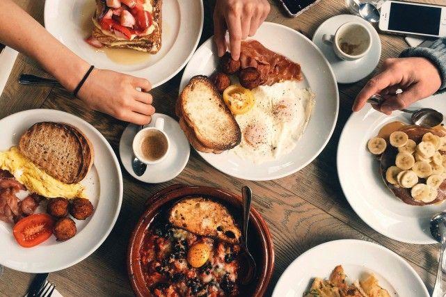 Le déjeuner et le brunch: deux repas qui ont la cote. Tellement que quatre amis dans la trentaine en ont fait un mode de vie.