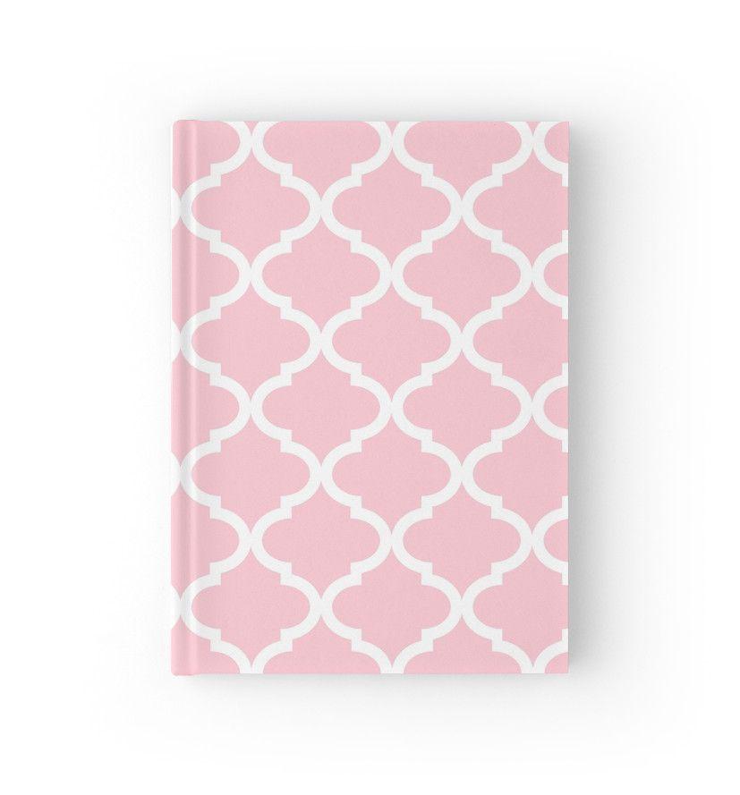 Light Pink and White Quatrefoil Pattern von dreamingmind