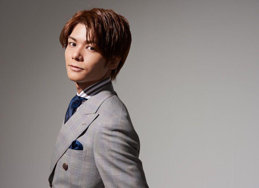 Ja.wikipedia.org taku yashiro on the japanese wikipedia. Yashiro Taku | Voice actor, Actors, Raincoat