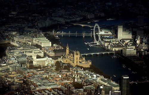 London - pool of light