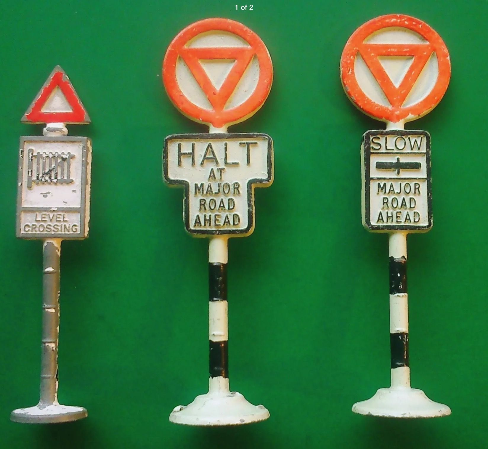 Pin by Lee Stacey on Gilco toy road signs Toy road, Road