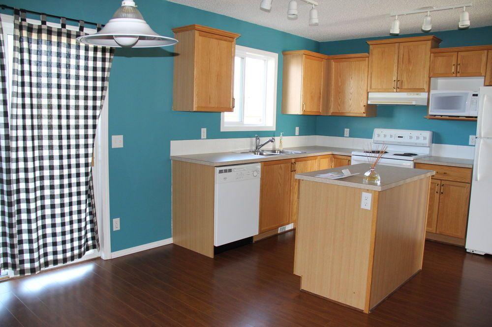 A Bright Modern Kitchen Under 500 Home Decor And Ideas
