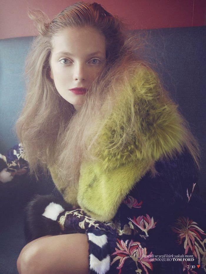 Fashion editorial | Eniko Mihalik by Sofia Sanchez adn Mauro Mongiello for VogueTurkey