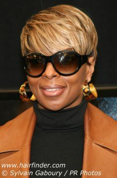 Mary J Blige Loving The Short Hair Bold And Beautiful Glasses Short Hair Styles Sassy Hair Short Sassy Hair