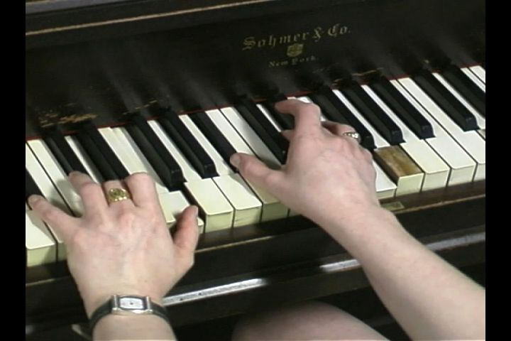 Video Finding B Flat Major For Basic Piano Chords House