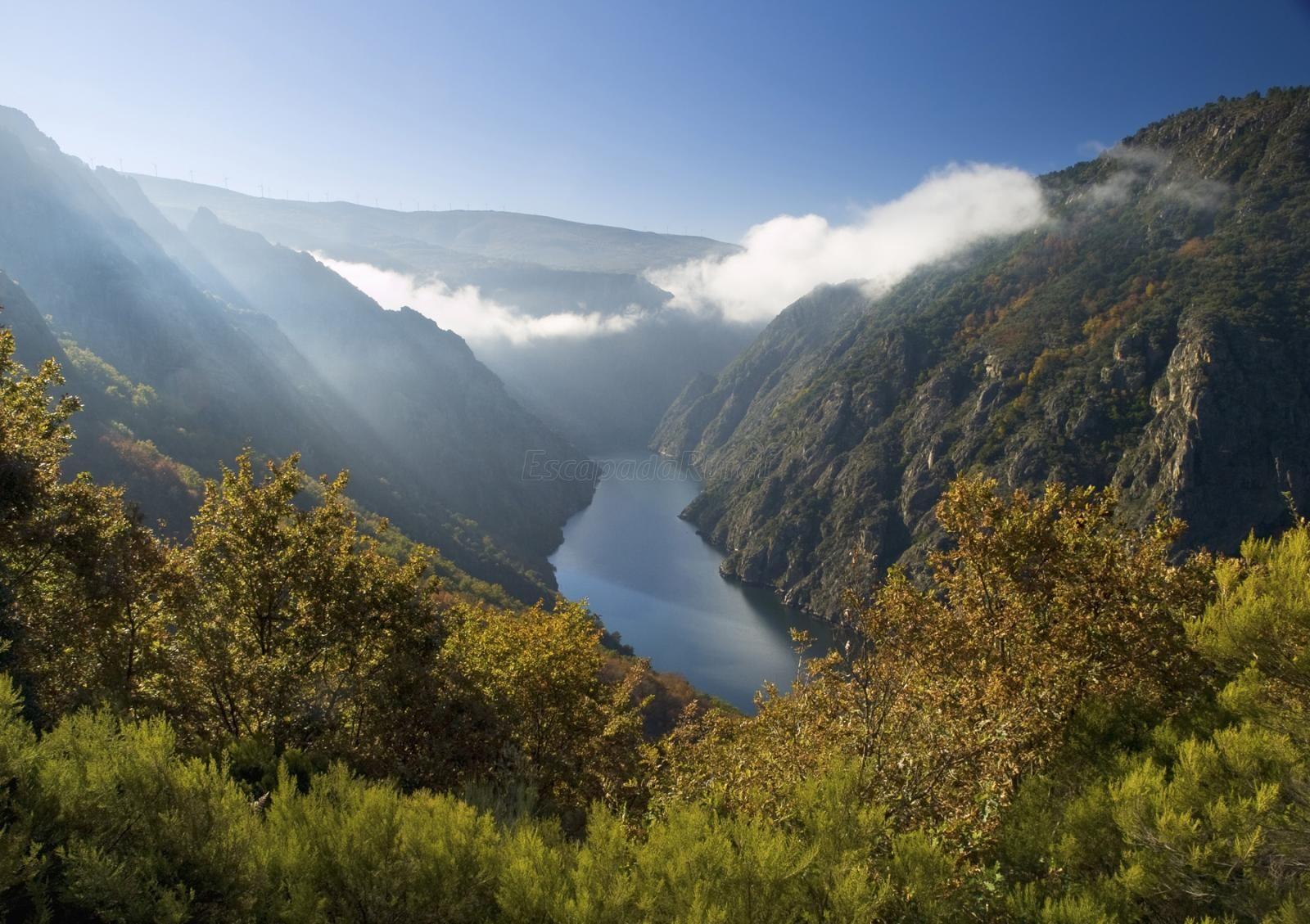 Cañón Del Sil Qué Ver Y Dónde Dormir Turismo Activo Viajar Por España Lugares Increibles
