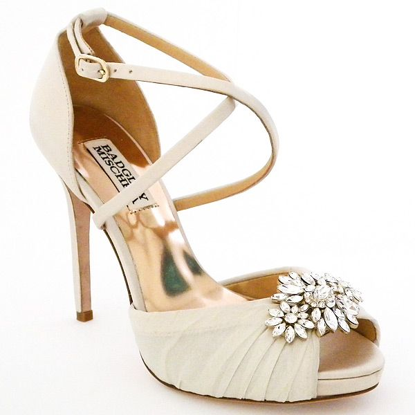 Beautiful Badgley Mischka Wedding Shoes Meet Cacique in Ivory new for Spring Vintage