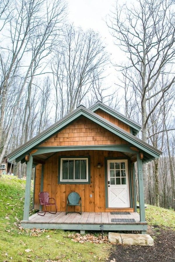 Would You Live Simply in this Sugar Magnolia Tiny Cabin? | homestead