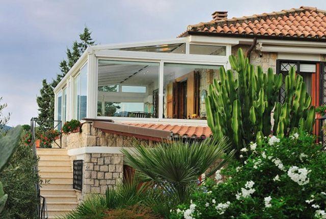 Tettoie pergole pensiline verande e tende cosa occorre sapere per realizzarle giardini d - Giardino d inverno in terrazza ...