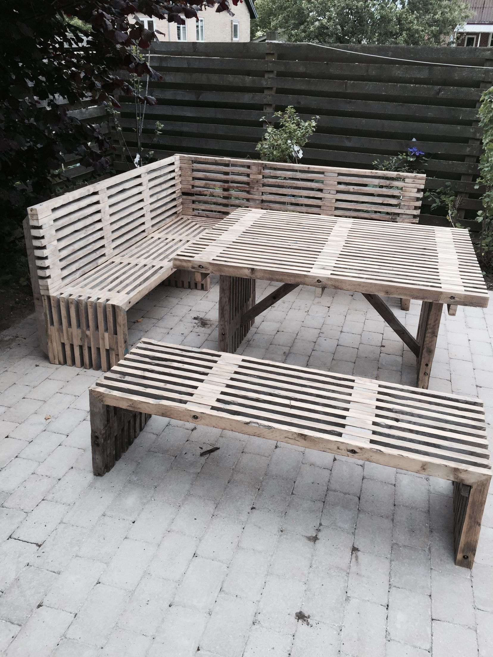 Dk Möbel wir produzieren diese möbel nach kundenwunsch in verschiedene länge