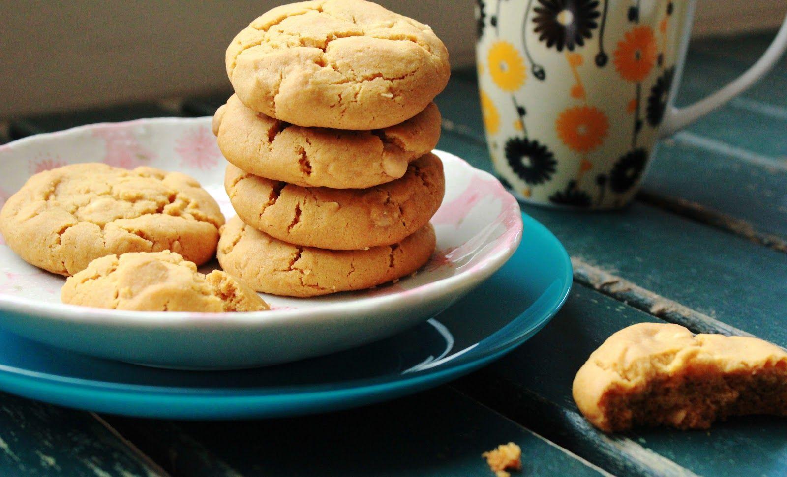 White chocolate and Macadamia Caramel Cookies. - Sugar et al